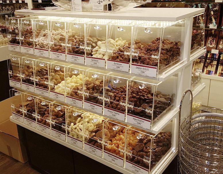 Hussel Ladenbau-Elemente aus Acrylglas